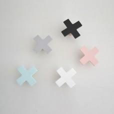 Lesen obešalnik - križec